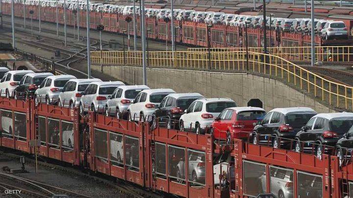 """""""السيارات"""" تنذر بإشعال حرب تجارية"""