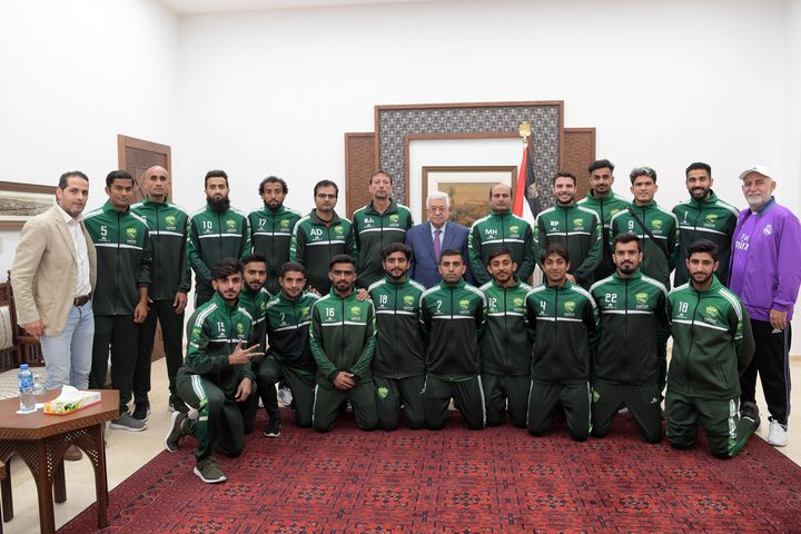 الرئيس يستقبل بعثة المنتخب الباكستاني لكرة القدم