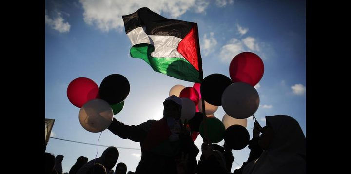 سلطات الاحتلال تمنع دخول البالونات الى غزة