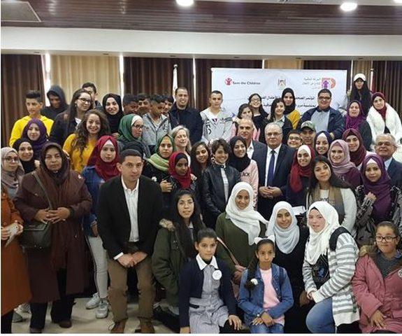 الشاعر:الاحتلال ينتهك جميع حقوق الطفل الفلسطيني