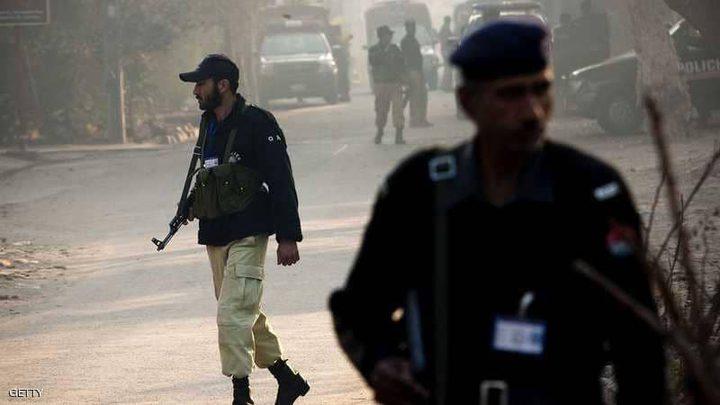 مقتل شرطيين في هجوم على قنصلية الصين في كراتشي