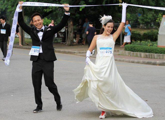 """بانكوك تطلق فعالية """"سباق العرائس"""" السنوي !"""