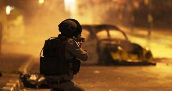 اندلاع مواجهات مع الاحتلال في قرية دير أبو مشعل