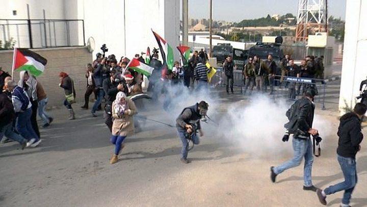 وقفة احتجاجية على استهداف الاحتلال للقيادات