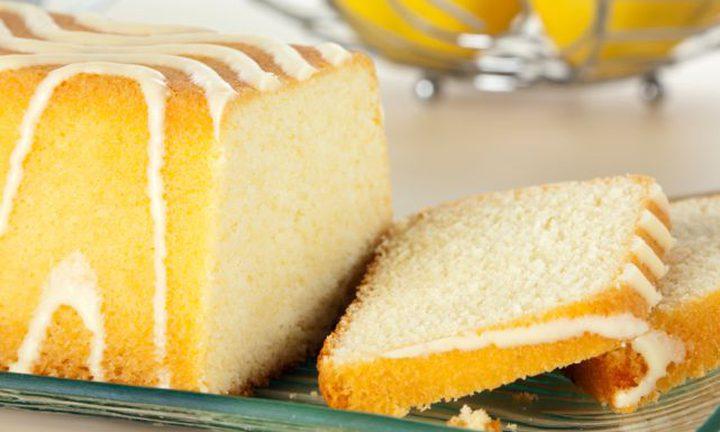 كعكة بنكهة اللّيمون الحامض