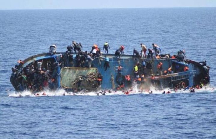 اسبانيا:إنقاذ أكثر من 560 مهاجرا ومصرع ثلاثة آخرين