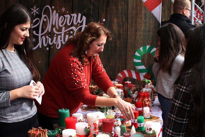 الاحتفال بافتتاح البازار الميلادي الخيري في بيرزيت