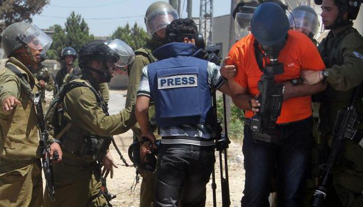 """811 انتهاكا """"إسرائيليا"""" لحرية العمل الصحفي"""