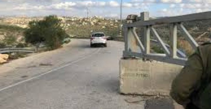 الاحتلال يعيد فتح بوابة قرية كفر الديك بعد اغلاقها