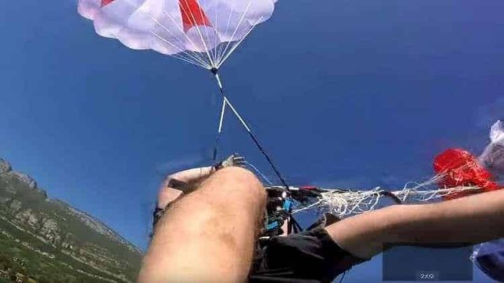 قائد طائرة شراعية يخسر حياته لإنقاذ زميلة!