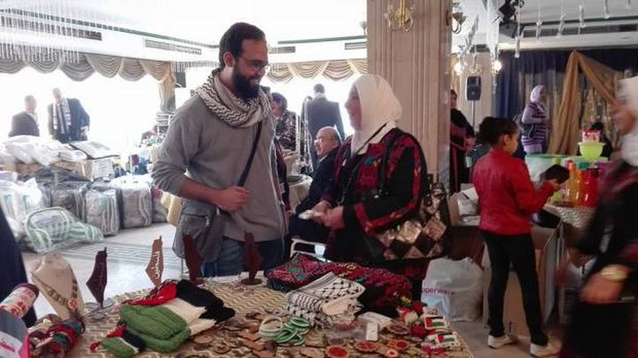 منتجات فلسطينية في القاهرة تحاكي التراث والأصالة