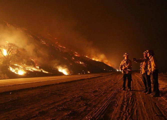 خفض عدد المفقودين في حرائق غابات كاليفورنيا