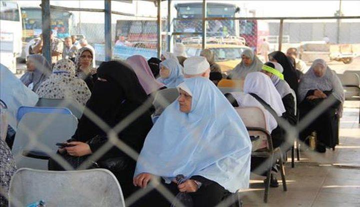 ادعيس:الأوقاف تبحث في القاهرة اجراءات العمرة لغزة