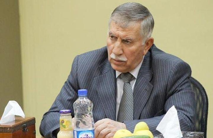 التميمي يطلع الحريري على آخر التطورات الفلسطينية
