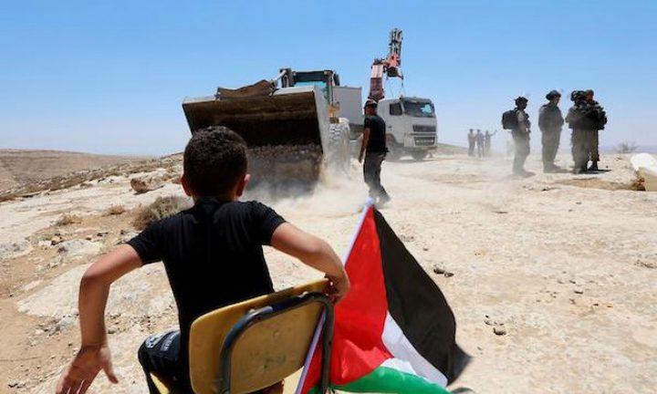 """الاحتلال يهدم مدرسة """"التحدي 13"""" جنوب الخليل"""