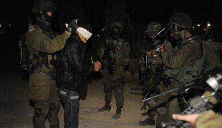 الاحتلال يعتقل  21 مواطنا