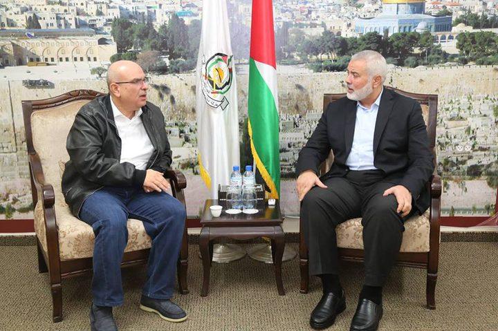هنية والعمادي يبحثان الوضع في غزة