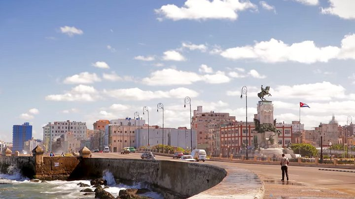 """كوبا تفعل شبكة """"3G"""" لمواطنيها لأول مرة!"""