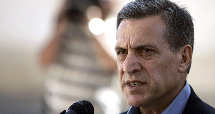 أبو ردينة:التحريض على  الرئيس تجاوز للخطوط الحمراء