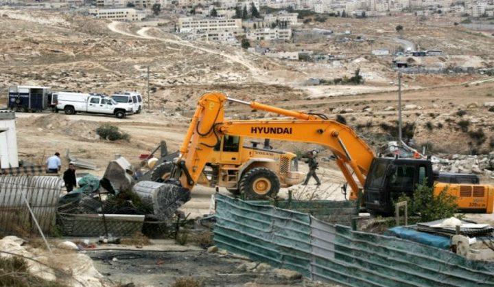 الاحتلال يخطر بوقف البناء في مدرسة فروش بيت دجن