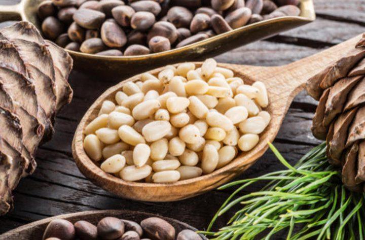 8 فوائد لـ بذور الصنوبر