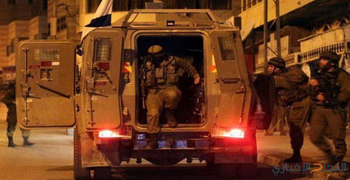 قوات الاحتلال تقتحم مقر اللجنة الأولمبية في البيرة