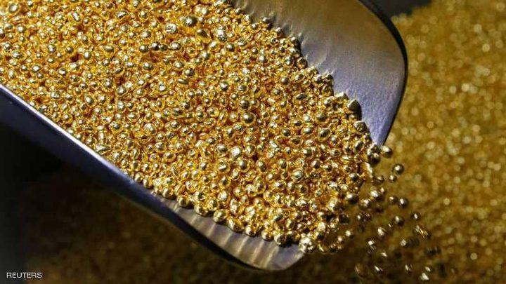 الذهب يتراجع لأدنى مستوى مع صعود الدولار
