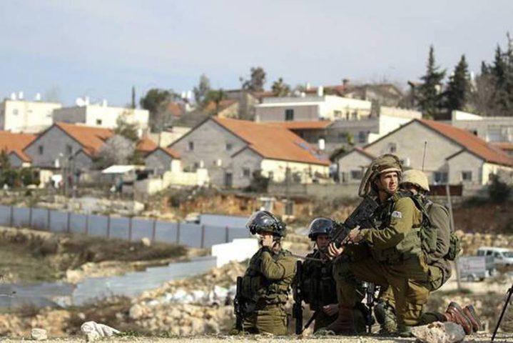 """الاحتلال يزعم تعرض أحد جنوده لعملية طعن في مستوطنة """"بيت ايل"""""""