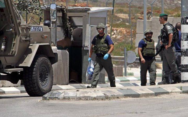 مستوطنون يهاجمون مركبات المواطنين على حاجز زعترة