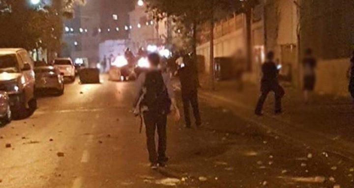 إصابة شاب بالرصاص الحي خلال مواجهات مع الاحتلال جنوب الخليل