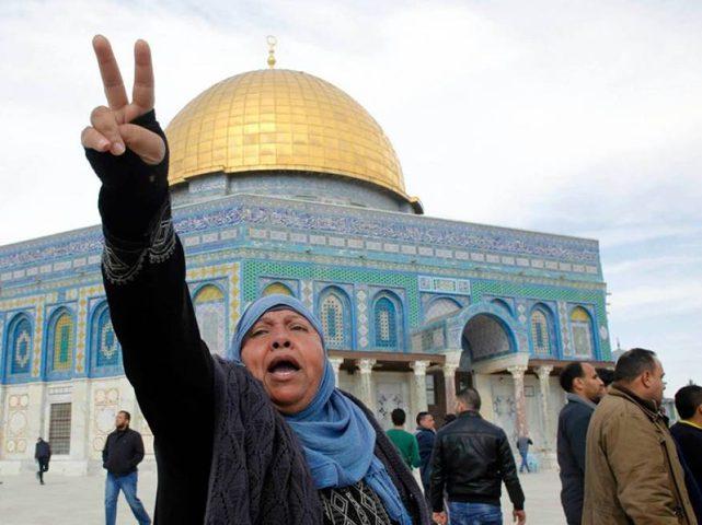 استشهاد مسنة في الأقصى بعد عرقلة الاحتلال اسعافها