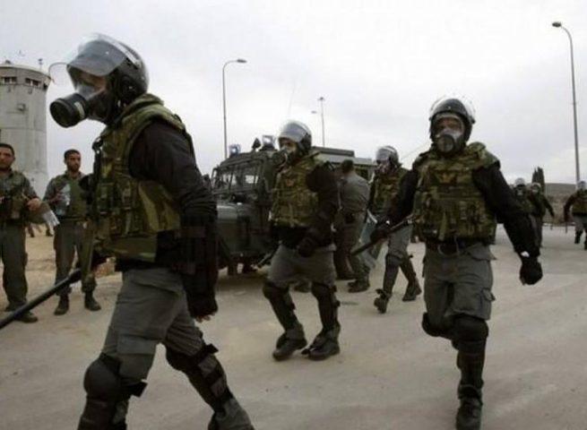 قوات القمع تقتحم قسم 2 في سجن ريمون