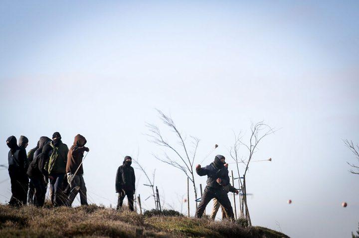 """مستوطنو """"كريات أربع"""" يخططون لإنشاء بؤرة استيطانية جديدة"""