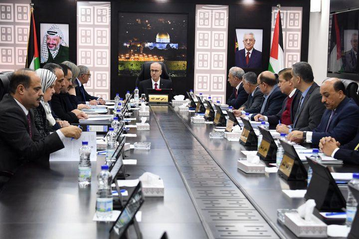 رئيس الوزراء د.رامي الحمد الله، يترأس اجتماع مجلس الوزراء في جلسته رقم (233)