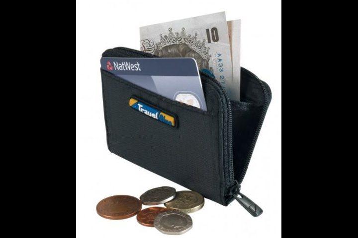 تحذير.. لا تضع محفظتك بالجيب الخلفي