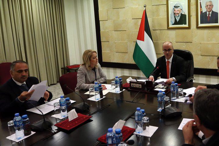 رئيس الوزراء د. رامي الحمد الله يترأس اجتماعا للجنة الوطنية لإصلاح نظام التعليم لبحث سبل تحسين نوعية التعليم ومخرجاته