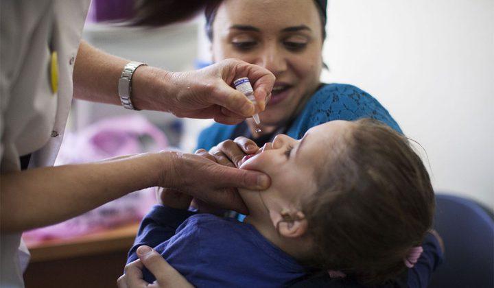 الصحة تجبر الاحتلال على إدخال طعومات للأطفال