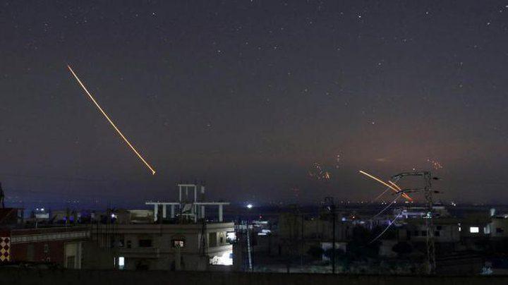 الدفاعات الجوية السورية تعترض صواريخ في سماء ريف دمشق الغربي