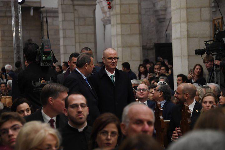الرئيس ورئيس الوزراء يحضران قداس عيد الميلاد المجيد
