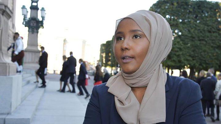 ليلى علمي.. أول مسلمة محجبة بالبرلمان السويدي
