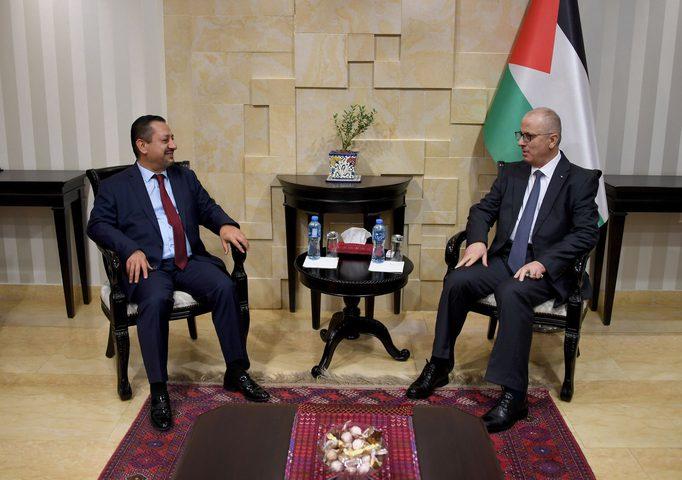 الحمد الله يدعو لتعزيز الاستثمار في فلسطين