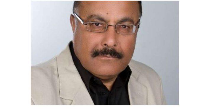 """""""حماس"""" تعتقل الكاتب خضر محجز"""