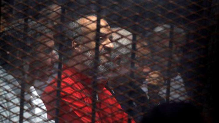 المحكمة تقطع البث المباشر بسبب أسئلة البلتاجي لمبارك