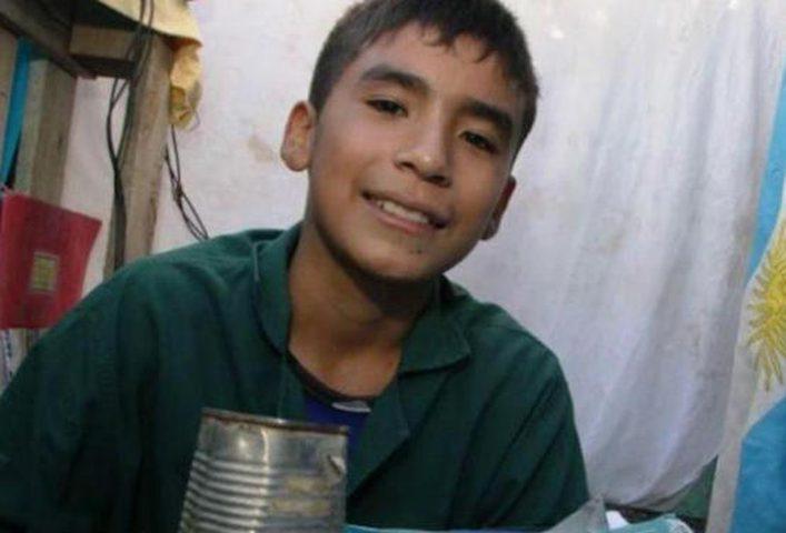 طفل بعمر 12 عاماً يؤسس مدرسته الخاصة