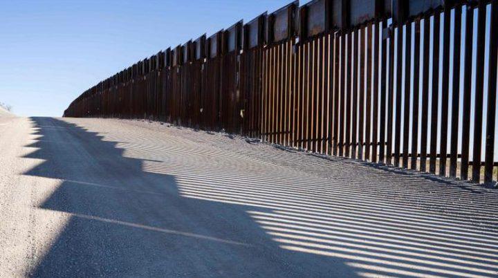 ترمب يهدّد بإغلاق الحدود مع المكسيك