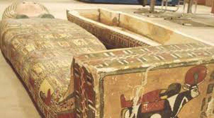 مصر.. العثور على توابيت أثرية تعود للعصر الروماني
