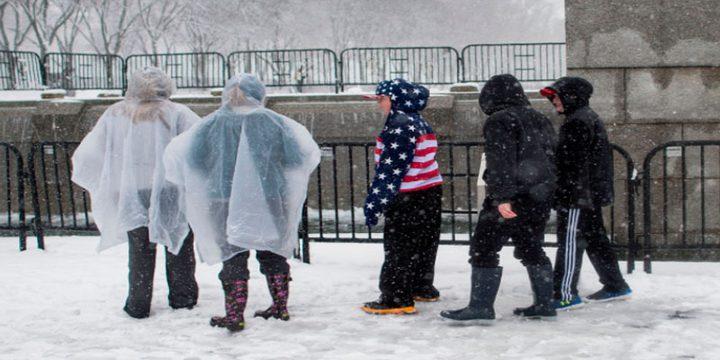 7 قتلى في عاصفة ثلجية تضرب الولايات المتحدة