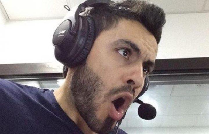 علي أبو كباش.. فلسطيني من أفضل 20 معلّقًا رياضيًا في العالم