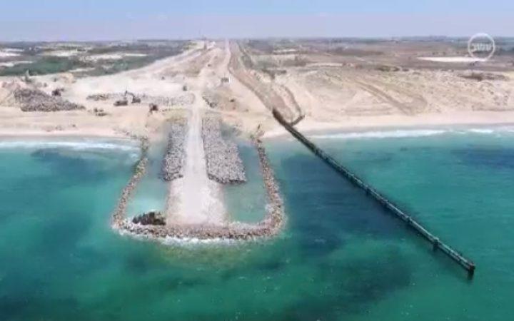 """القناة العاشرة: """"حاجز غزة البحري"""" شارف على الانتهاء"""
