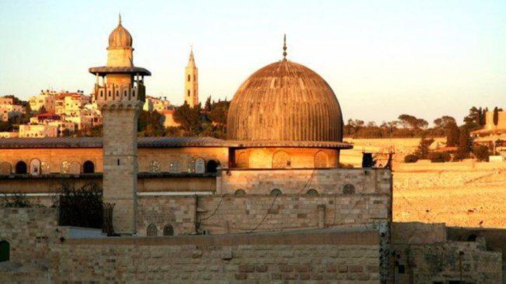 الإسلامية المسيحية تحذر من عاقبة إسكات الأذان بالقدس المحتلة